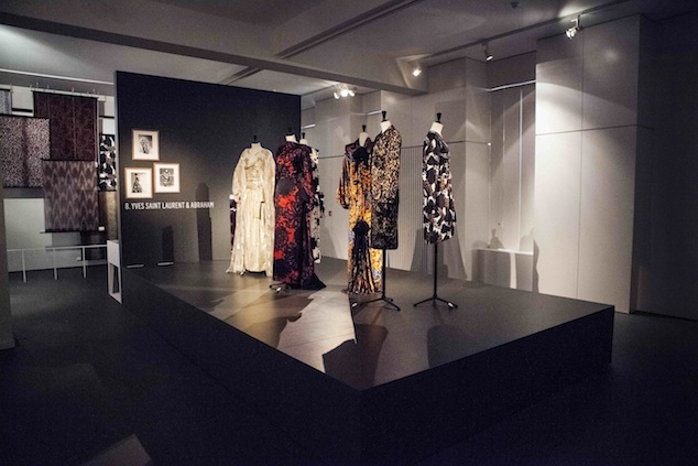 Yves Saint Laurent at the exhibition Silks & Prints from the Abraham Archive - Couture in Colour, 2013, Photo: Boy Kortekaas
