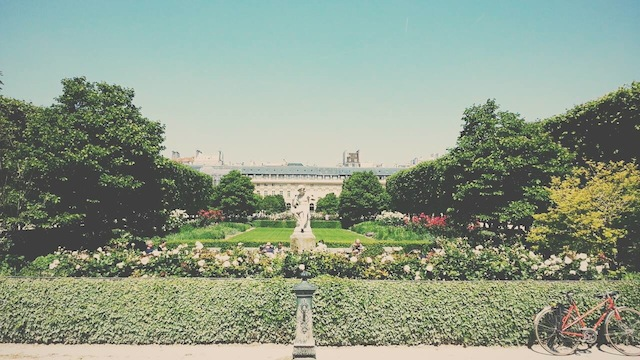 Paris looks lovely in the sun! Photo: Charlotte de Gier